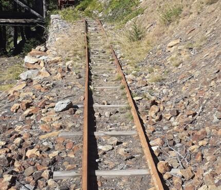 binari per trasportare a valle i minerali