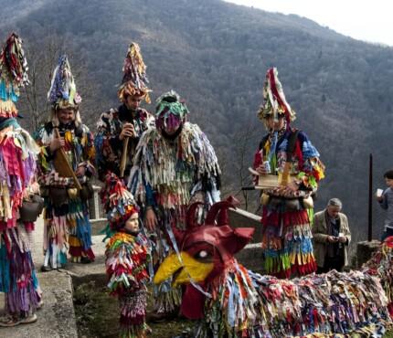 Costumi di Carnevale valle del Natisone